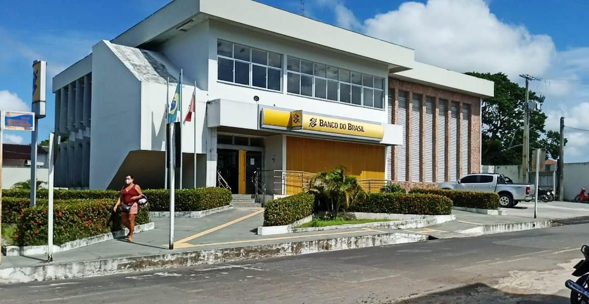Infecção generalizada por covid-19 de bancários obriga banco a fechar agência em Oriximiná