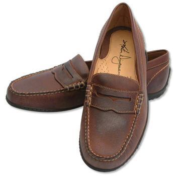 Jack di Fiori: Metti una scarpa da uomo e indossala con stile