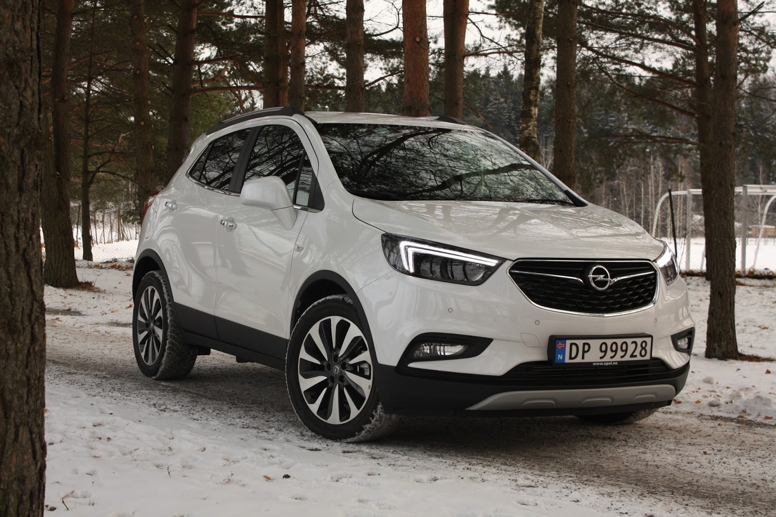 test opel mokka x 1 4 turbo 4x4 direct injection aut premium bil og motorbloggen. Black Bedroom Furniture Sets. Home Design Ideas