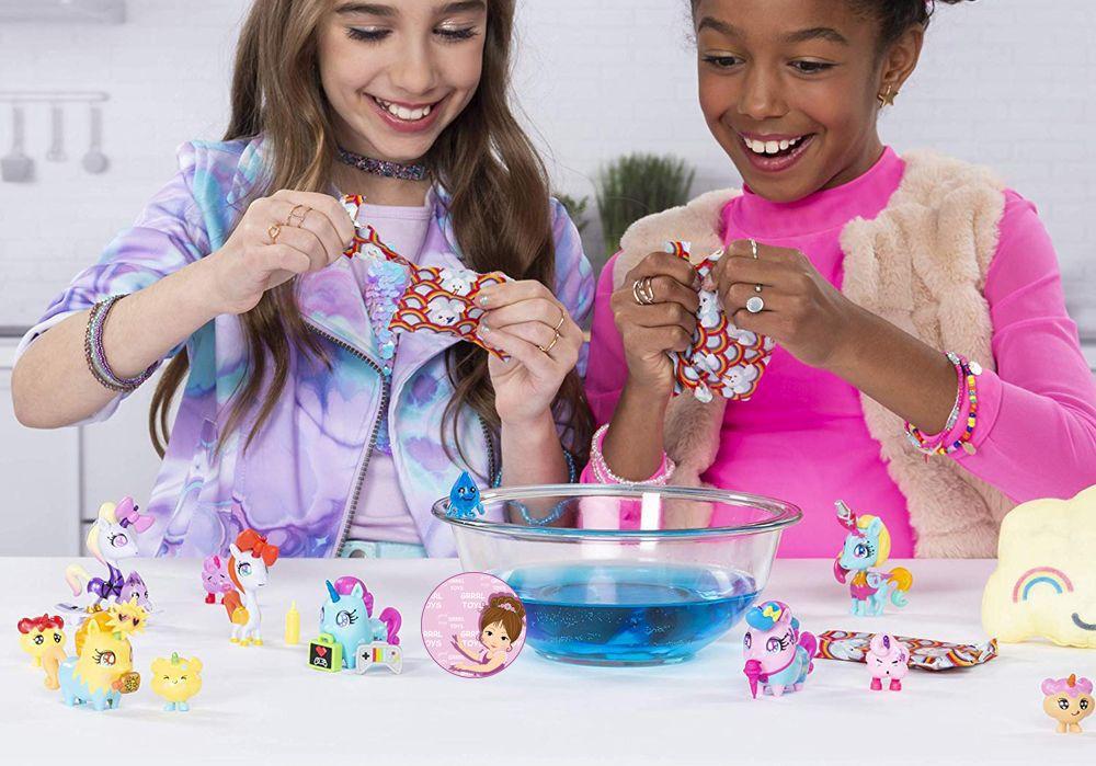 Mystery toys Uni-verse Surprise Unicorns series 1