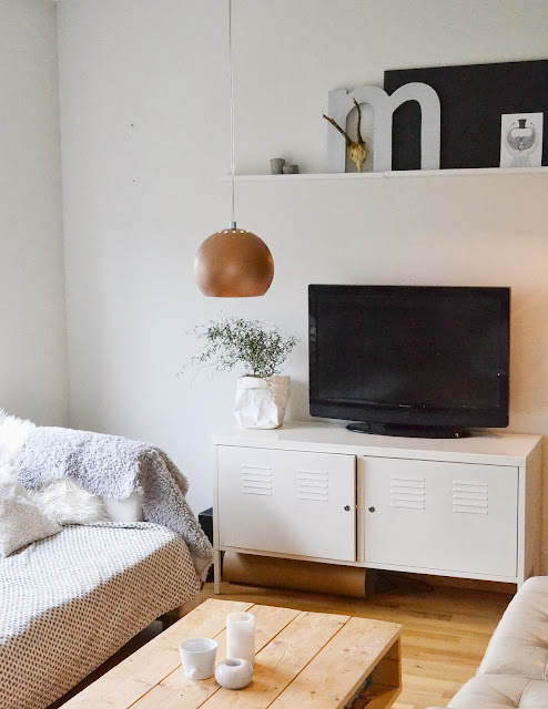 Un mueble tv low cost y funcional decorar tu casa es for Muebles low cost