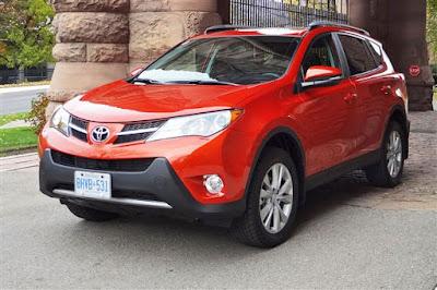 2017 Toyota RAV4 Hybrid HD image