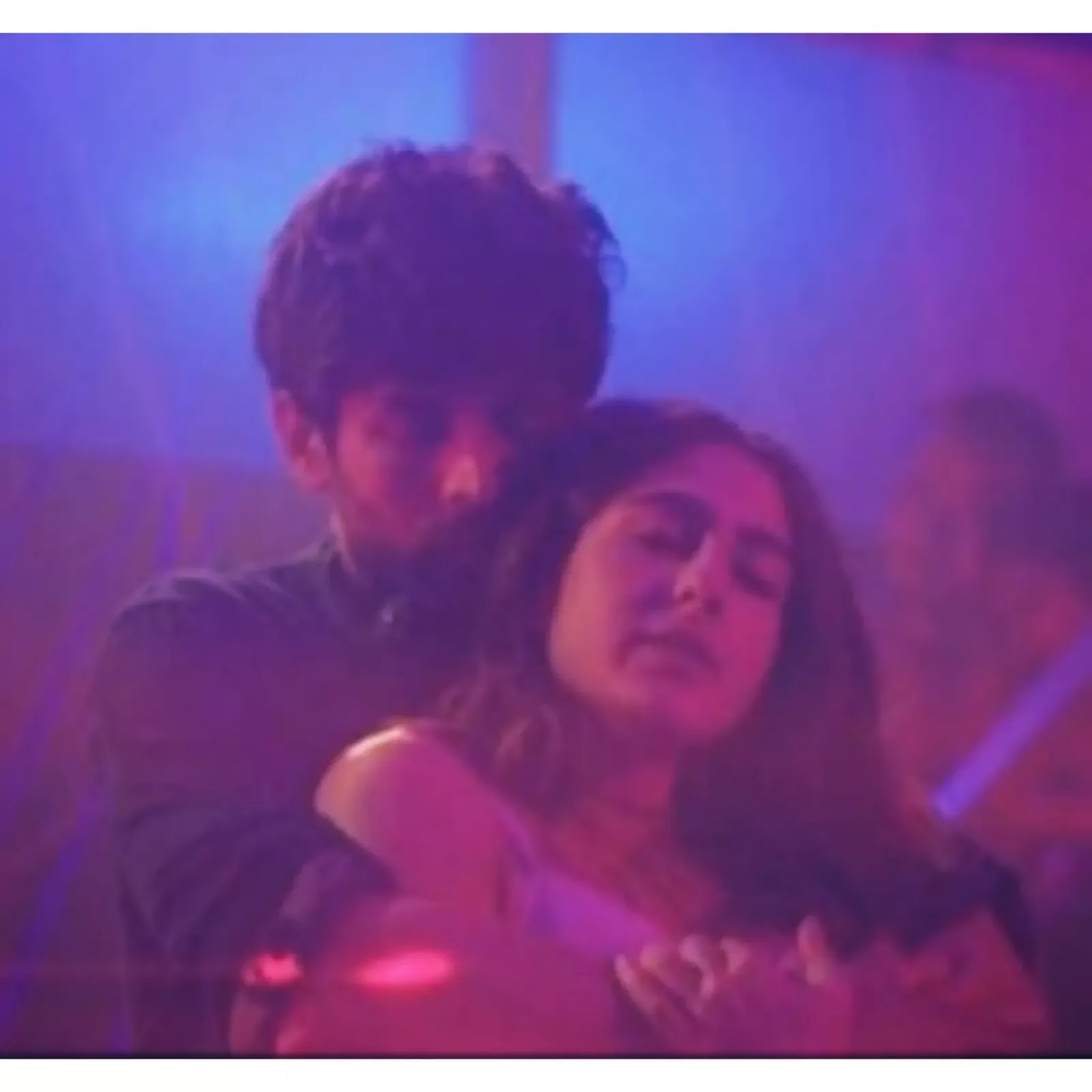 Arijit Singh - Tum Toh Rahogi Meri Lyrics | Love Aaj Kal Movie Song | Kartik Aaryan & Sara Ali Khan