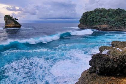 Pantai di Malang Yang Paling Indah