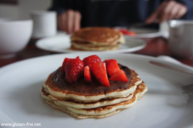 rezept amerikanische buttermilch pancakes 2 ein. Black Bedroom Furniture Sets. Home Design Ideas