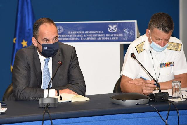 Αυξημένους ελέγχους στα λιμάνια ενόψει της εξόδου του Δεκαπενταύγουστου  ζήτησε ο Γιάννης Πλιακιωτάκης