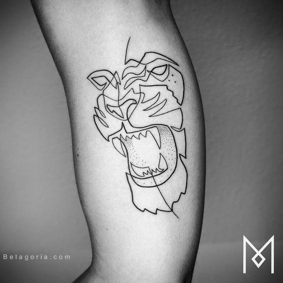 imagen de un tatuaje de león para mujer