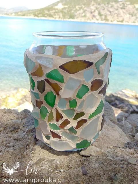 Διακόσμηση βάζου με γυαλάκια από την θάλασσα