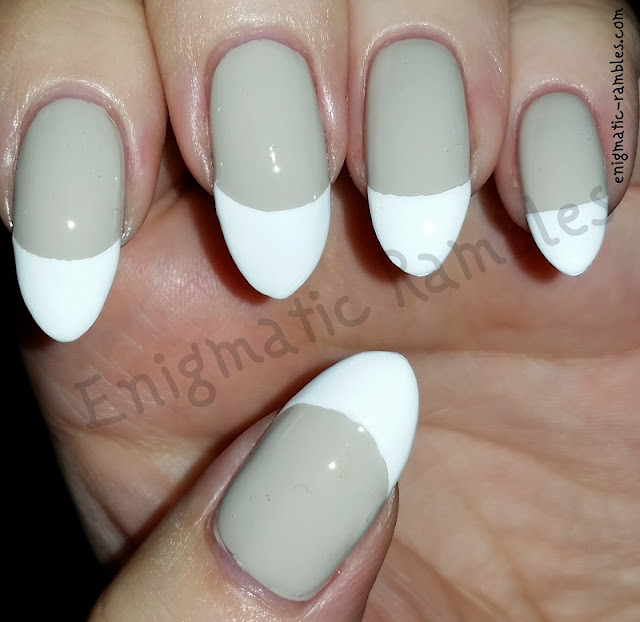 French-Tip-Nails