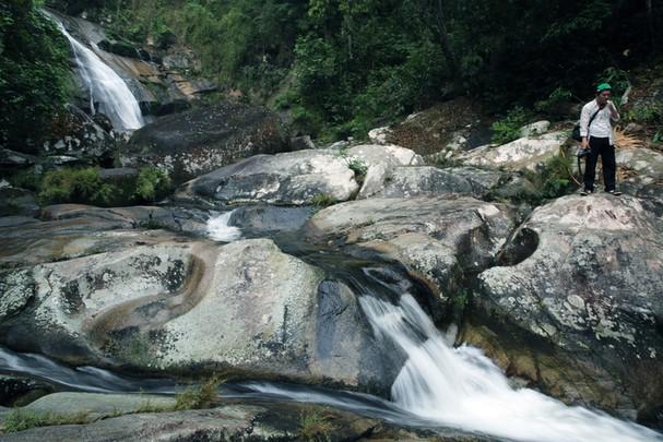 Vẻ đẹp hoang sơ thác Suối Pá Quế Phong Nghệ An - 2