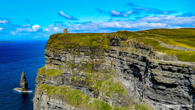 Torre O'Brien, nos Cliffs of Moher, Irlanda