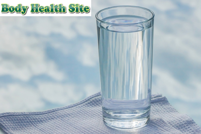 Facts and Myths Regarding the Benefits of Drinking Warm Water