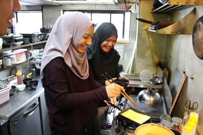 Adab Memasak dalam Islam agar Makanan Berkah (foodiversity.today)