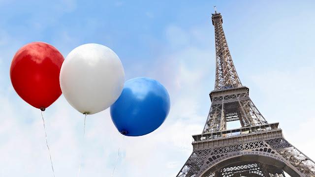 Foto Eiffeltoren in Parijs met ballonnen