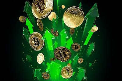 «Дальнейшее снижение рынка станет подарком». Что будет с биткоином?