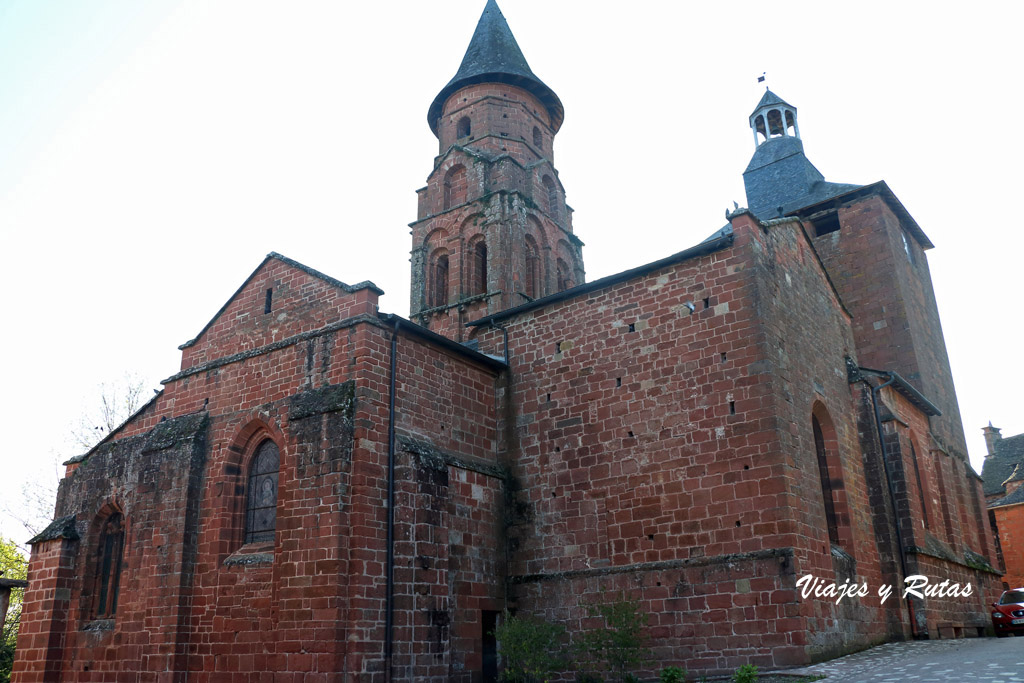 Iglesia de San Pedro, Collonges la Rouge, Francia