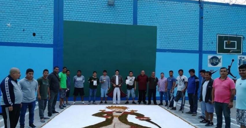 Más de 200 internos de penal Castro Castro leen la obra literaria «El principito»