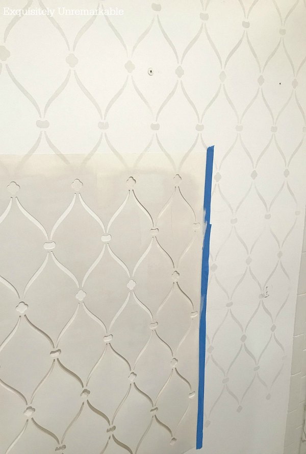 moving stencil and overlapping pattern for a unified wall