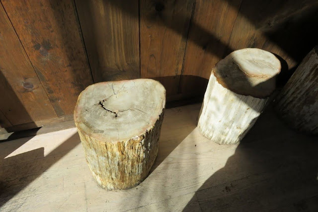 High Line Coffee: Log stools at Woodstock General in New York City