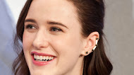 Celebrity - Rachel Brosnahan Wallpaper