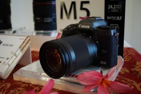 Spesifikasi Lengkap Kamera Canon M5 Terbaru