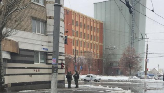 Луганск без наличных средств