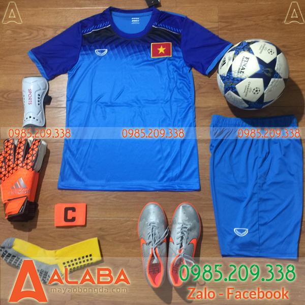 Áo đội tuyển Việt Nam màu xanh