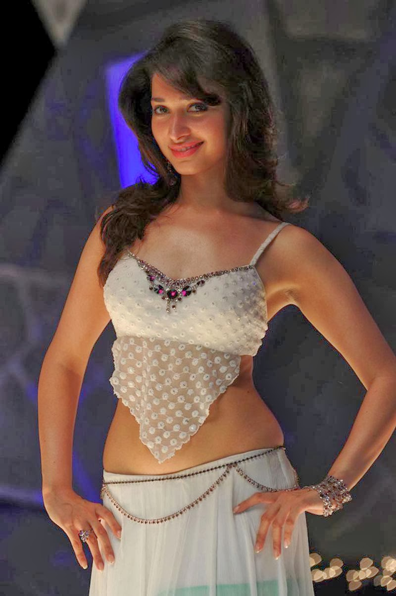 That tamanna hot navel are mistaken