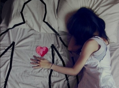Sad dp images with heart touching love stories