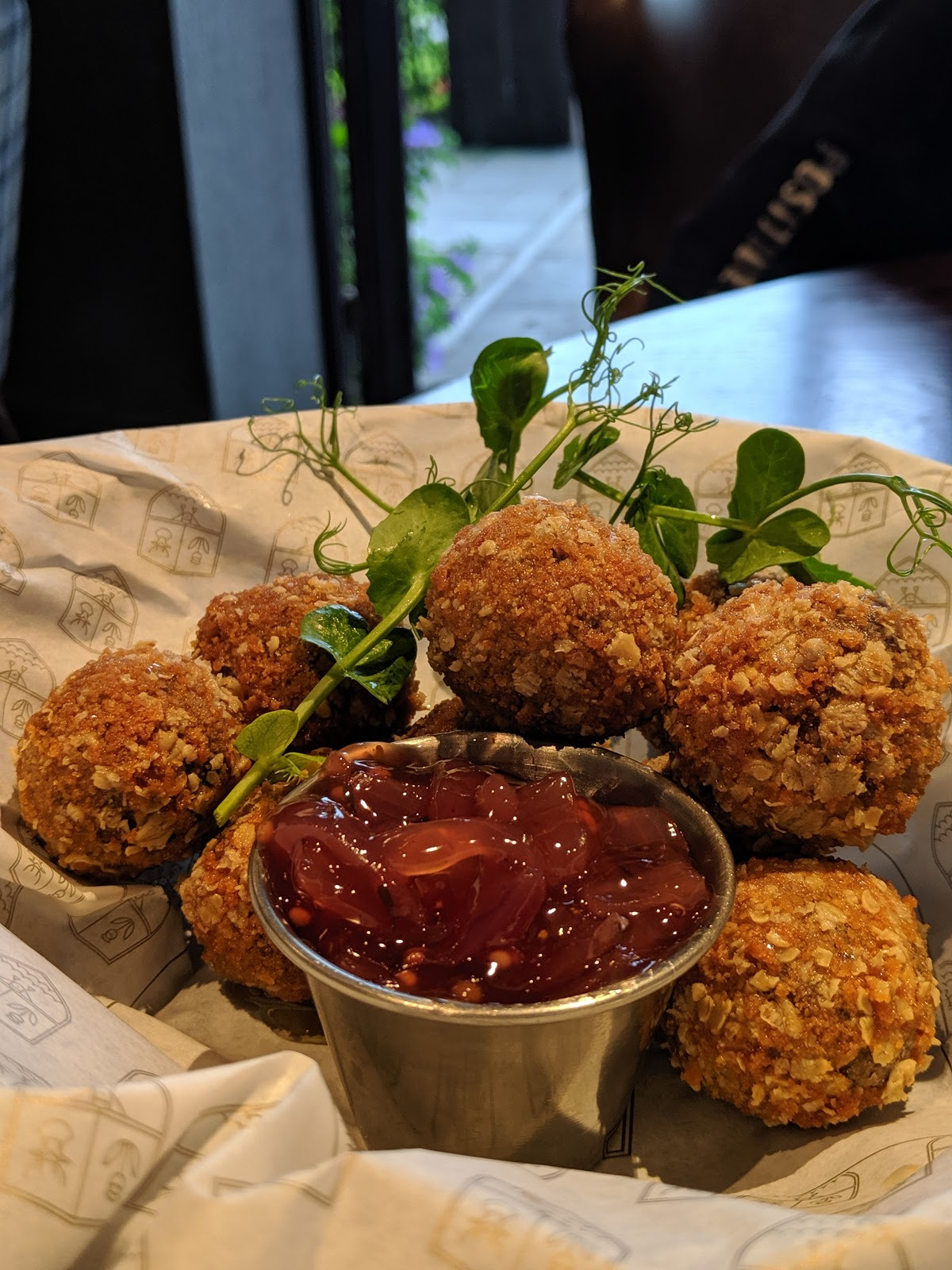 A Short Break at Cameron Lodges, Loch Lomond - cameron lodges clubhouse - haggis bon bons