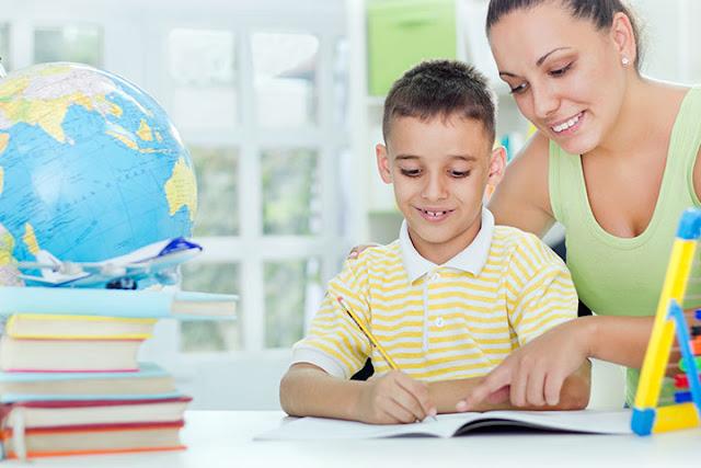 4 εργάσιμες μέρες η άδεια σχολικής παρακολούθησης για τους γονείς παιδιών έως 16 ετών