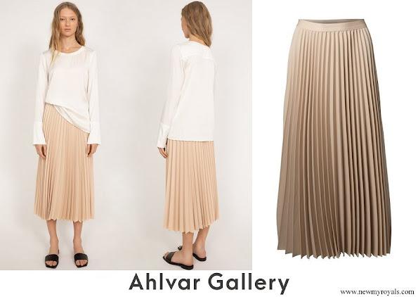 Princess Sofia wore Ahlvar Yana skirt