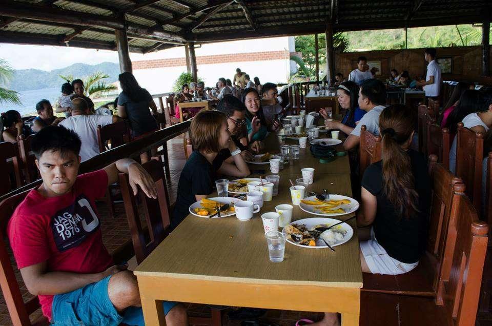 Dining at Sea Spring Resort Hotel