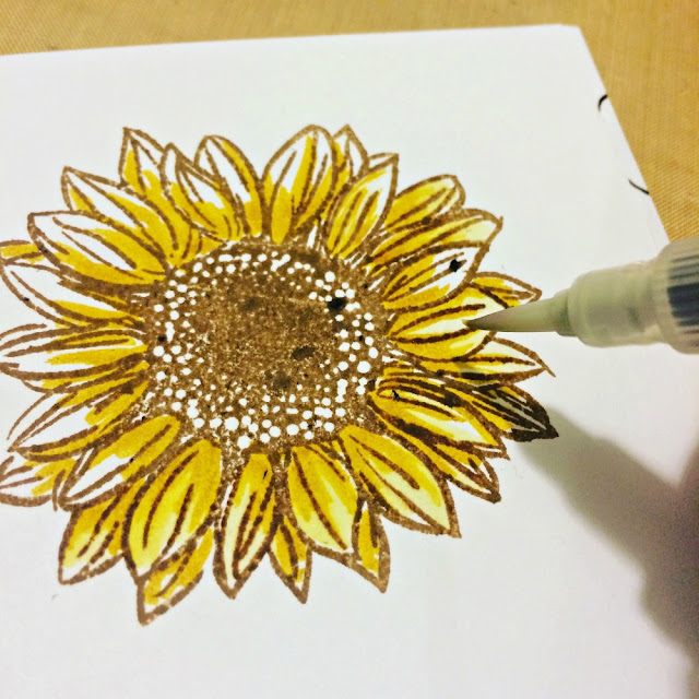 coloring_a_flower_Tim_Holtz_Distress_Markers