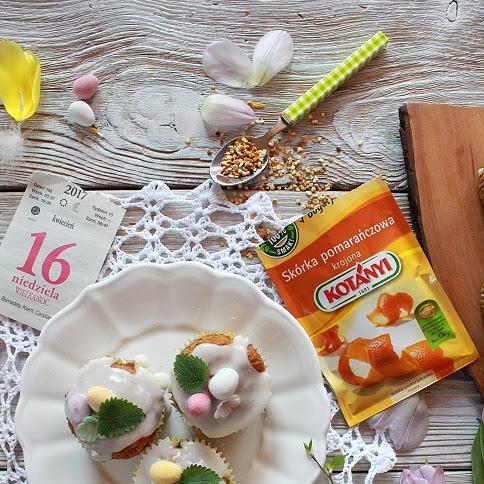 Wielkanocne babeczki marchewkowe