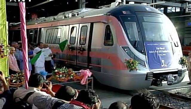 दिल्ली में चली बिना ड्राइवर के मेट्रो ट्रेन
