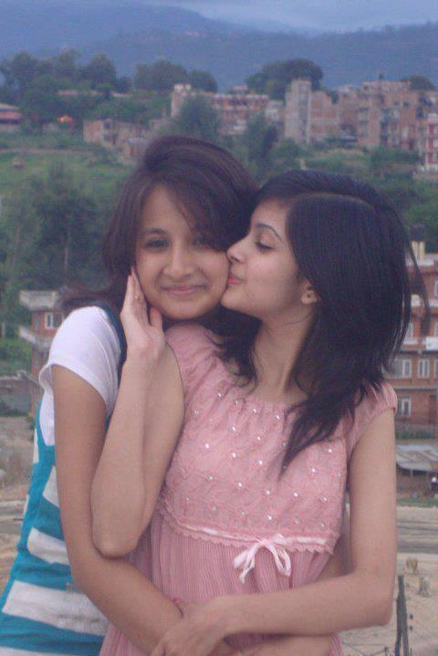 Pakistan Sexy School Girls Photos Hot Pakistani College Girls - Lonely Girl-4435