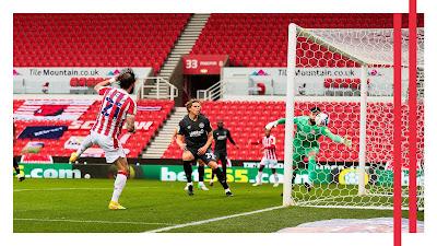 Steven Fletcher goal action against Brentford Fc