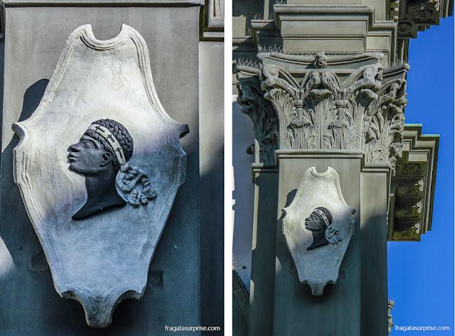 """""""Cabeça de Mouro"""", emblema da Família Pucci de Florença, na Basílica da Santissima Annunziata"""