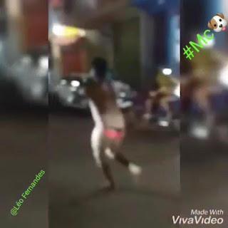 TURIAÇU-MA! Homem corre só de calcinha na rua após perder aposta contra o Flamengo