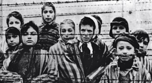 Parlamento de Italia aprueba ley que penaliza negación del Holocausto