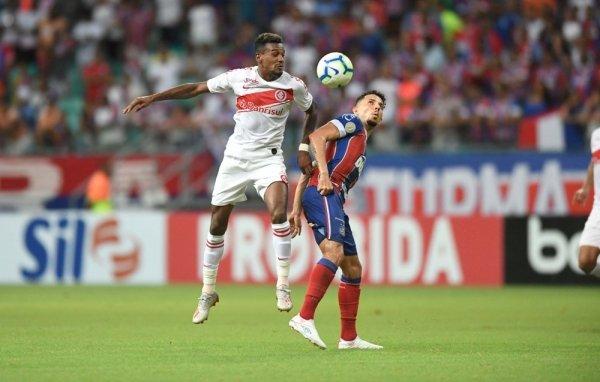 Camisa 8 é titular absoluto (Foto: Ricardo Duarte / Inter)