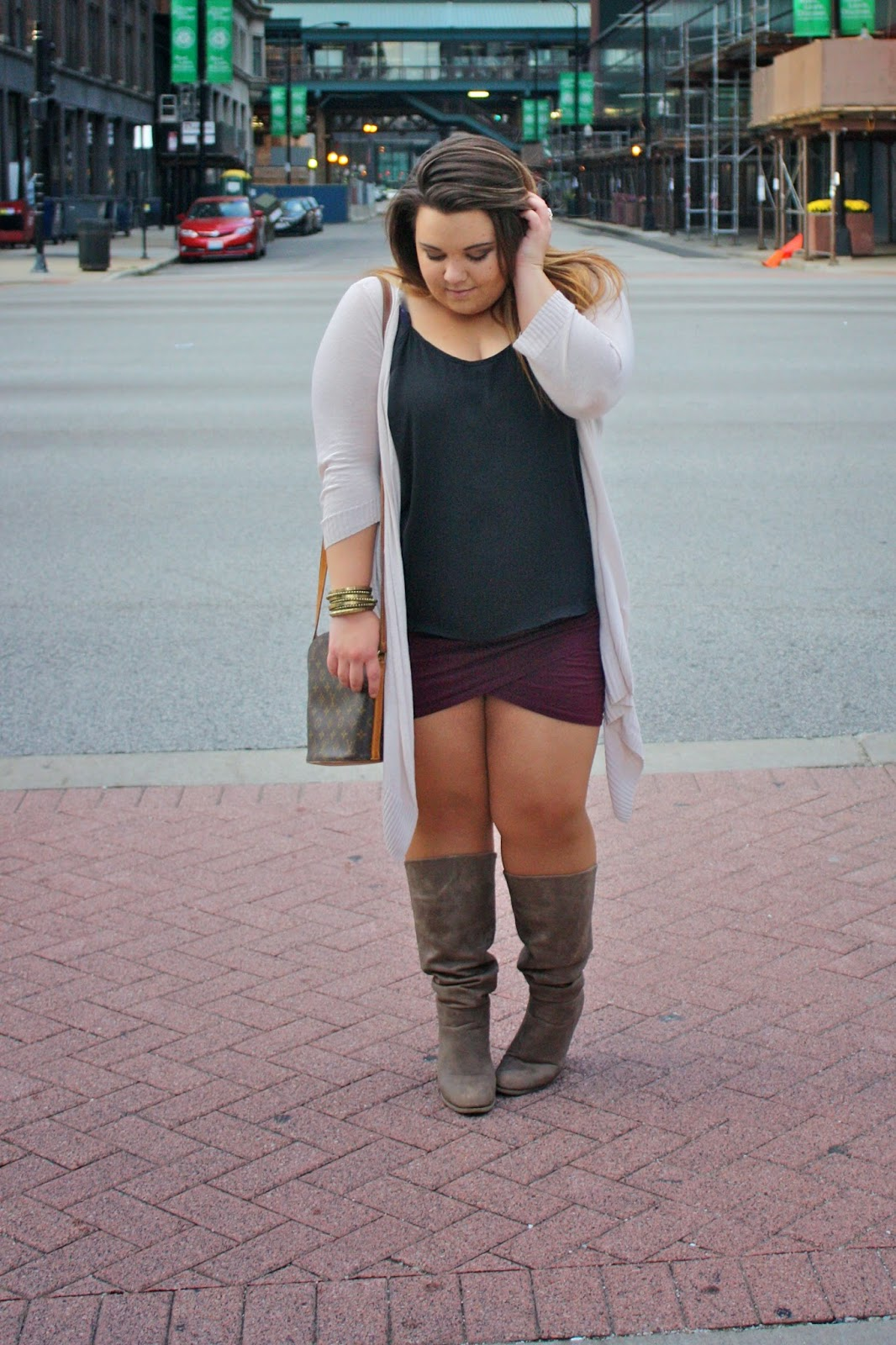 fatshion, fashion blogger, fat girl fashion, Natalie Craig, natalie in the city, plus size fashion blogger, curvy fashionista, thick girls, skirt and boots, overused cardigan, long cardigan, louis vuitton, forever 21, chicago, petal skirt, envelope skirt, ombre hair