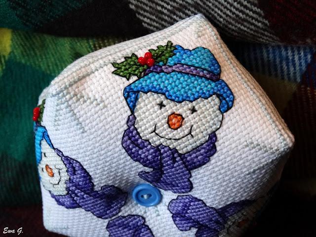 Snowman biscornu