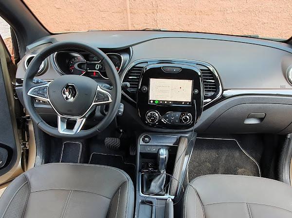 Novo Renault Captur 2022 Turbo - painel