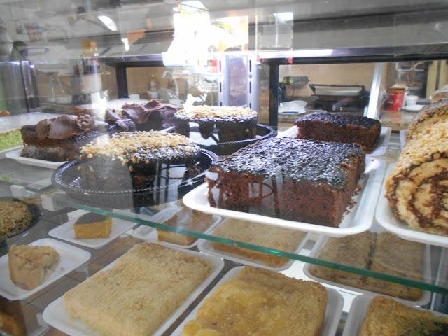 Santo Doce Cafeteria e Doceria