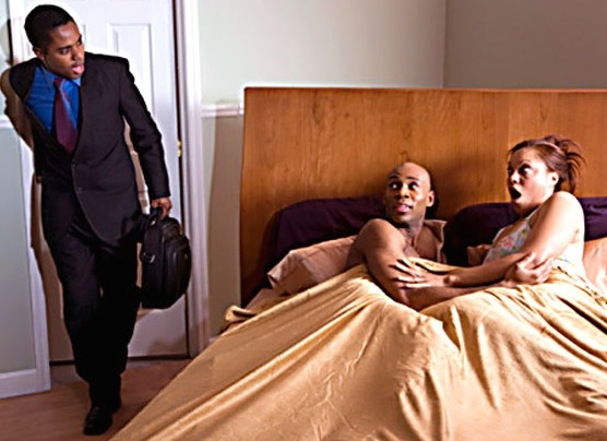6 Hints That Your Partner Is Cheating On You