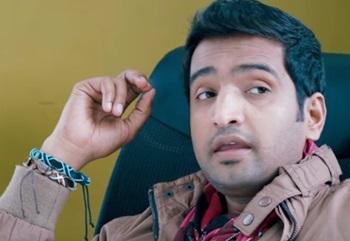 Theeya Velai Seiyyanum Kumaru – Comedy Scenes | Siddharth | Santhanam | Hansika | Sundar.C