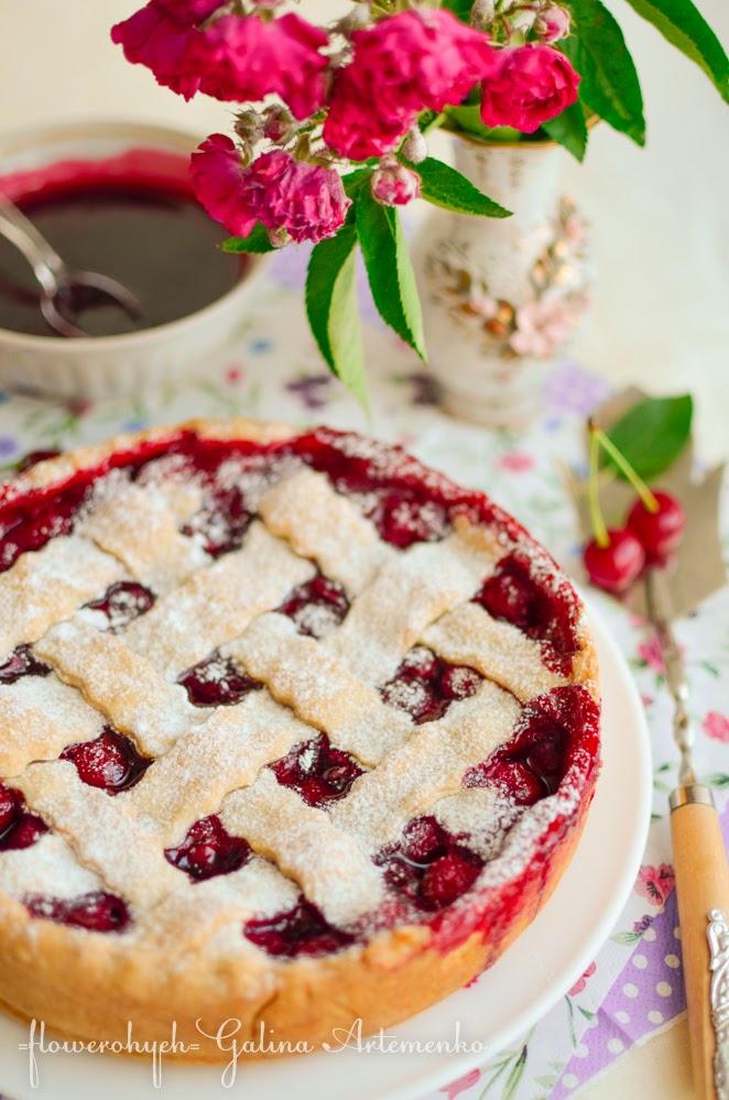 домашний вишневый пирог