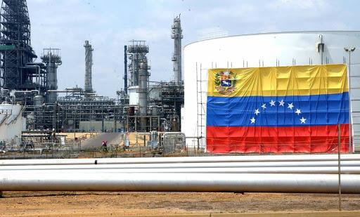 SE NECESITAN AÑOS DE INVERSIONES PARA RECUPERAR LA INDUSTRIA PETROLERA DE VENEZUELA